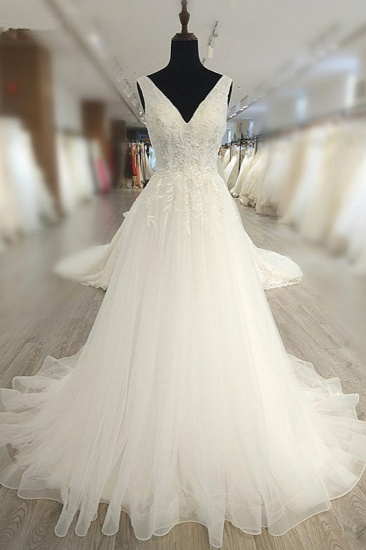 Glamorous White Tulle Lace Wedding Dress V-Neck Sleeveless Appliques Bridal Gowns On Sale
