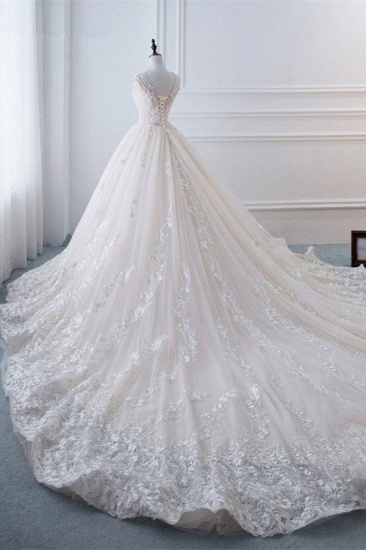Glamorous Tulle Lace Appliques Wedding Dress V-Neck Pearls Sleeveless Bridal Gowns with Rhinestones On Sale_3