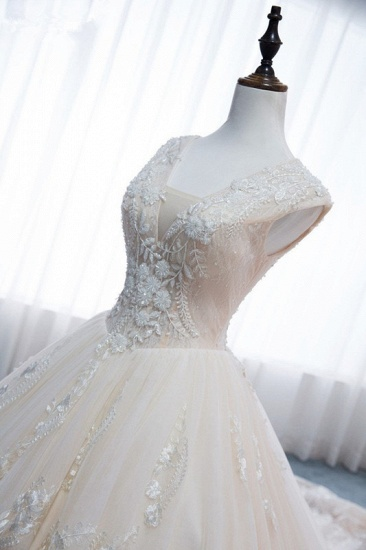 Glamorous Tulle Lace Appliques Wedding Dress V-Neck Pearls Sleeveless Bridal Gowns with Rhinestones On Sale_6