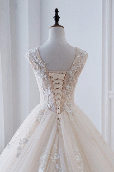Glamorous Tulle Lace Appliques Wedding Dress V-Neck Pearls Sleeveless Bridal Gowns with Rhinestones On Sale_7