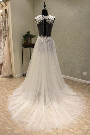 BMbridal Stylish V-Neck Straps Tulle Wedding Dress Ruffles Appliques Bridal Gowns with Flowers On Sale_2