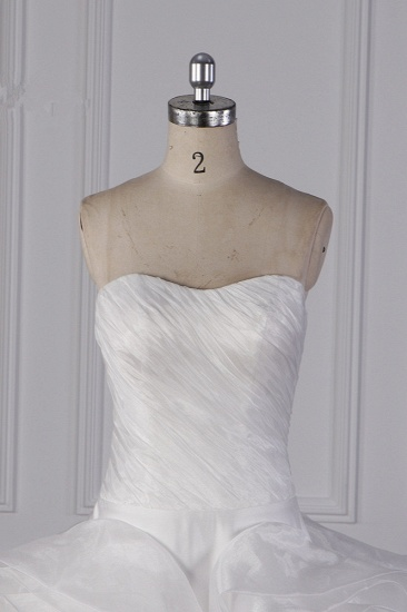Stylish Organza Strapless White Wedding Dress Ruffles Sleeveless Bridal Gowns On Sale_5