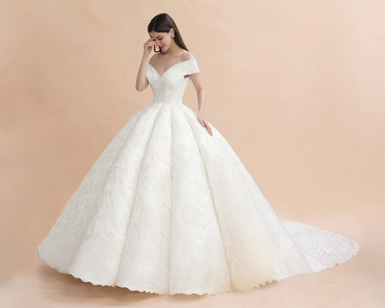 Luxury Ball Gown  Lace Satin Sweetheart Wedding Dress Sleeveless Bridal Gowns with V-Back On Sale_8