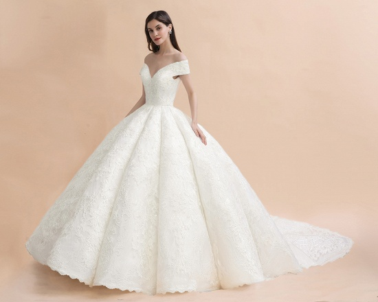 Luxury Ball Gown  Lace Satin Sweetheart Wedding Dress Sleeveless Bridal Gowns with V-Back On Sale_9