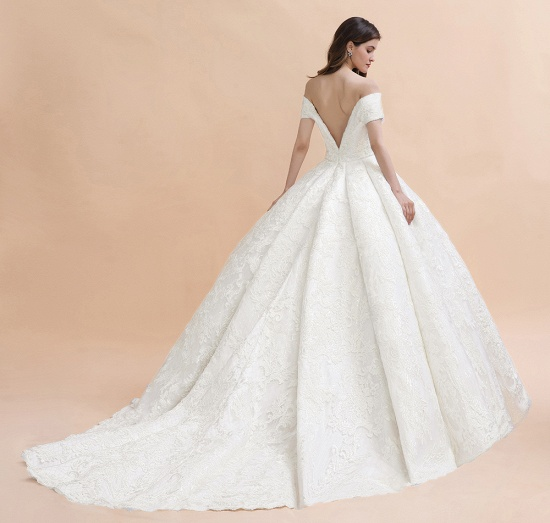 Luxury Ball Gown  Lace Satin Sweetheart Wedding Dress Sleeveless Bridal Gowns with V-Back On Sale_7
