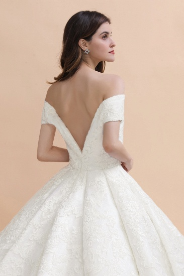 Luxury Ball Gown  Lace Satin Sweetheart Wedding Dress Sleeveless Bridal Gowns with V-Back On Sale_5