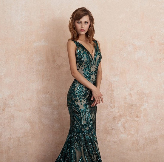 BMbridal Glamorous Green Sequins Mermaid Evening Gowns Long V-Neck Prom Dress On Sale_5