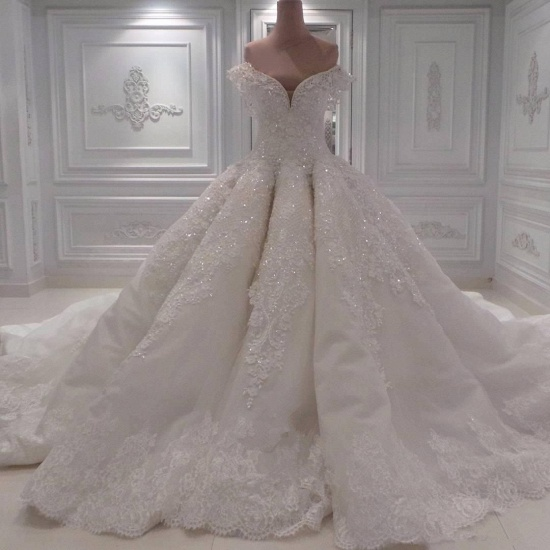 Sexy Off-the-shoulder A-line Lace Wedding Dresses White Ruffles Bridal Gowns With Appliques Online_4