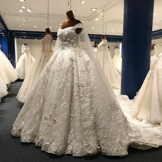 Glamorous A-line White Ruffles Wedding Dresses With Appliques Off-the-shoulder Lace Bridal Gowns On Sale_3