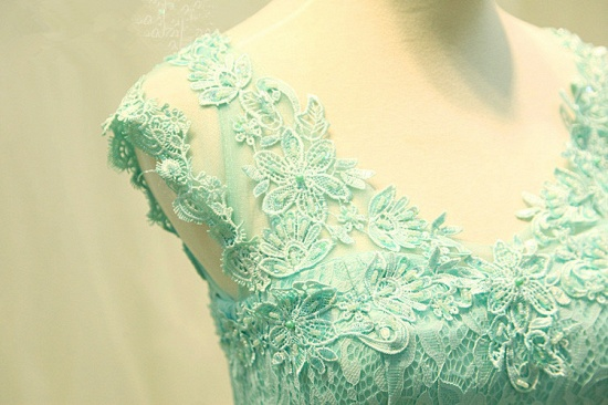 Chic Mint Lace Prom Dress V-Neck Tulle Long Evening Gowns_6