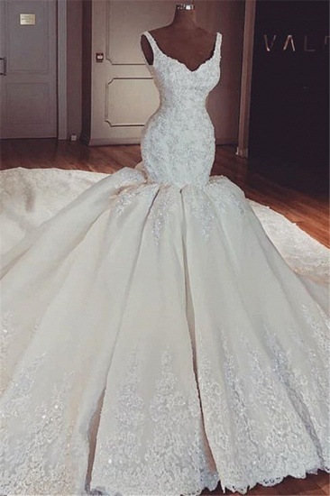Chic Straps Mermaid Lace Wedding Dresses V-neck Sleeveless Bridal Gowns With Appliques Online_1