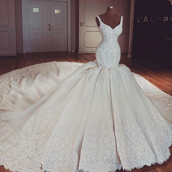 Chic Straps Mermaid Lace Wedding Dresses V-neck Sleeveless Bridal Gowns With Appliques Online_3