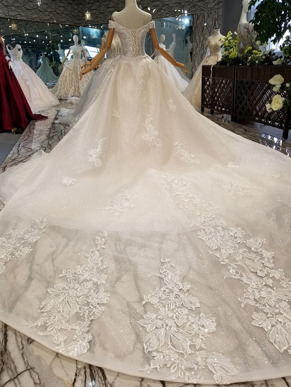 Elegant Off-the-shoulder White A-line Wedding Dresses Tulle Ruffles Bridal Gowns With Appliques Online_5