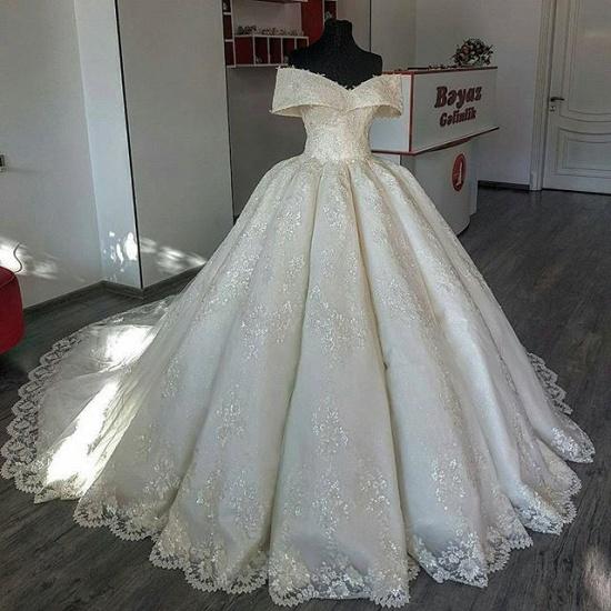 BMbridal Unique Off-the-shoulder A-line Lace Wedding Dresses Satin Ruffles Bridal Gowns With Appliques Online_3