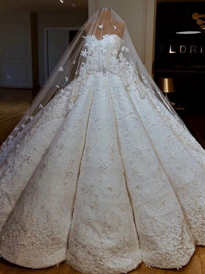BMbridal Sexy Sweetheart A-line Satin Wedding Dresses With Appliques White Ruffles Lace Bridal Gowns Online_1